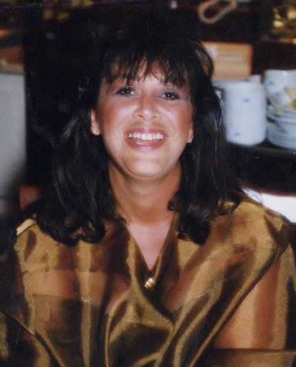 Elena Torres, puro amor y corazon a la mexicana