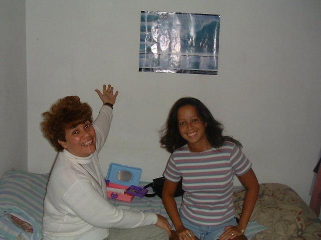 Yoko y Mariana.gif